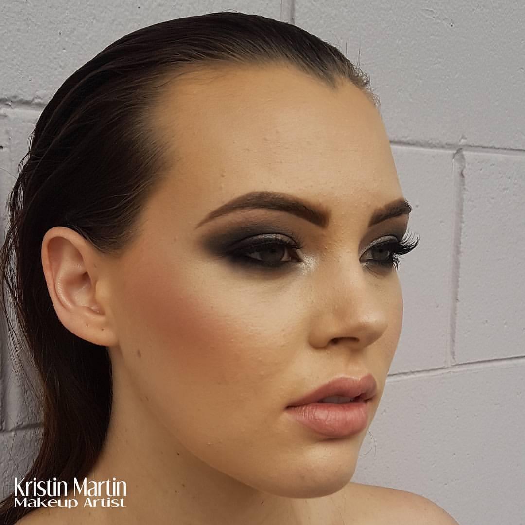 Face2face Makeup Artist